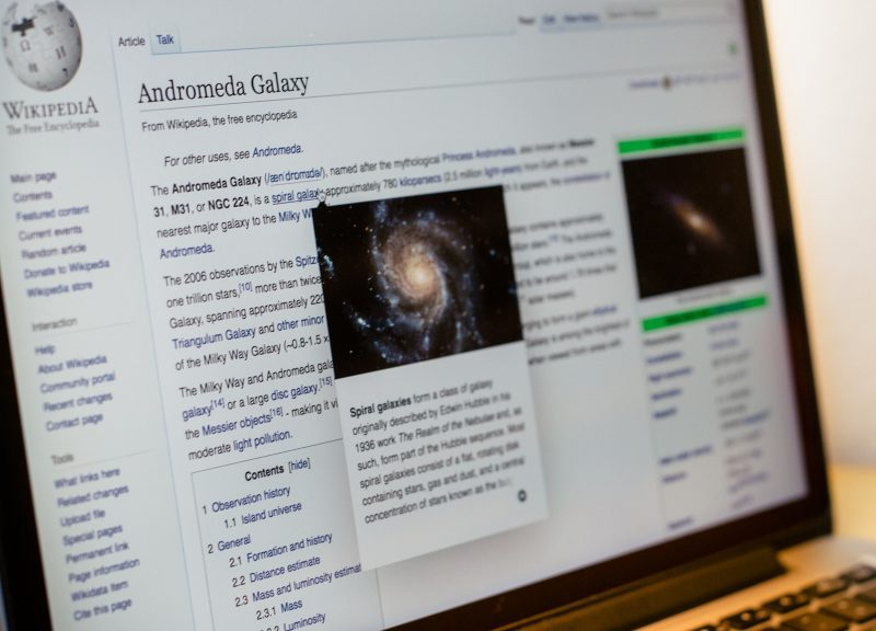 A mockup of the new page previews feature, using the English Wikipedia's article on the Andromedia Galaxy.