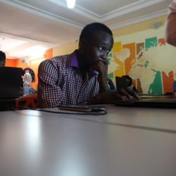 Marv edits Wikipedia at a WikiDemocracy Event in Lagos, Nigeria